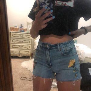 Pacsun high rise jean shorts size 25